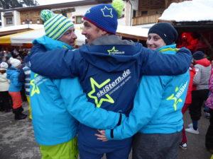Team von skiStern.de vor der Mutterbergalm