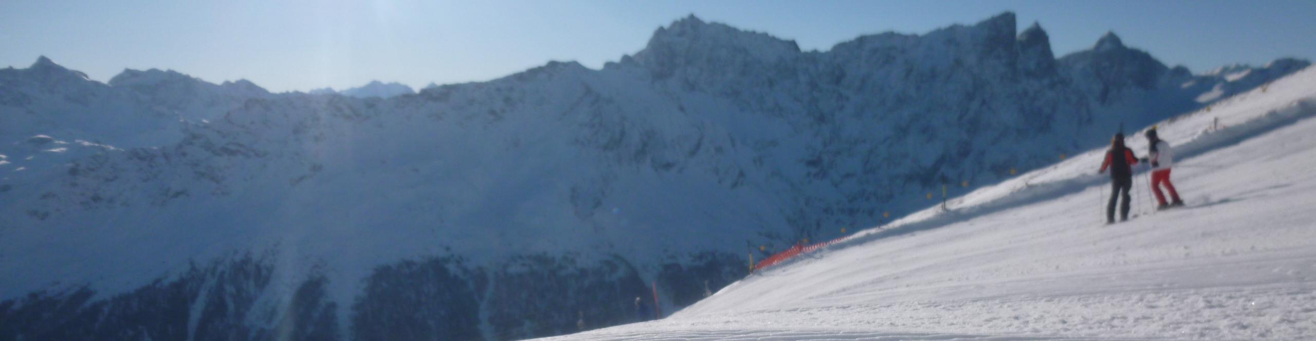 SAVOGNIN – SCHWEIZ – CUBE Hotel direkt an der Piste – TOP PREIS-Skiwochenende – 3 Skitage